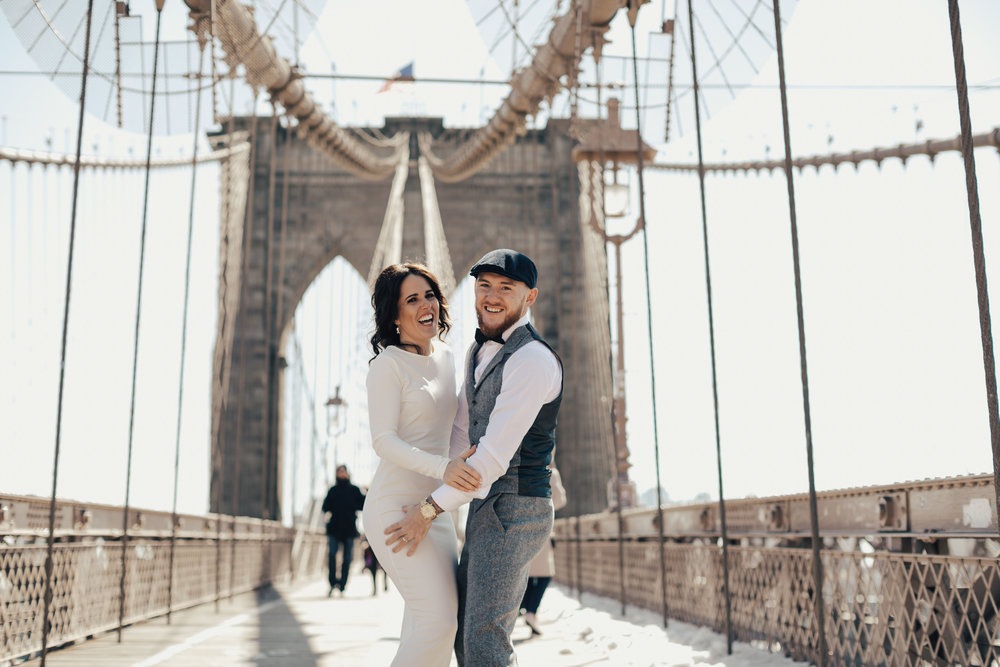 Brooklyn-bridge-couple.jpg