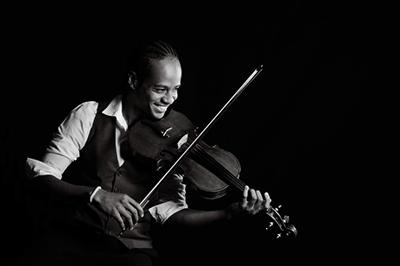 Violinist: Daniel Constant