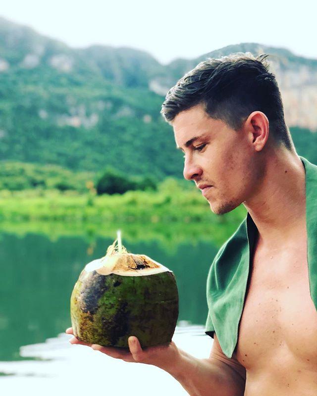 The coco is loco in Viñales #cuba