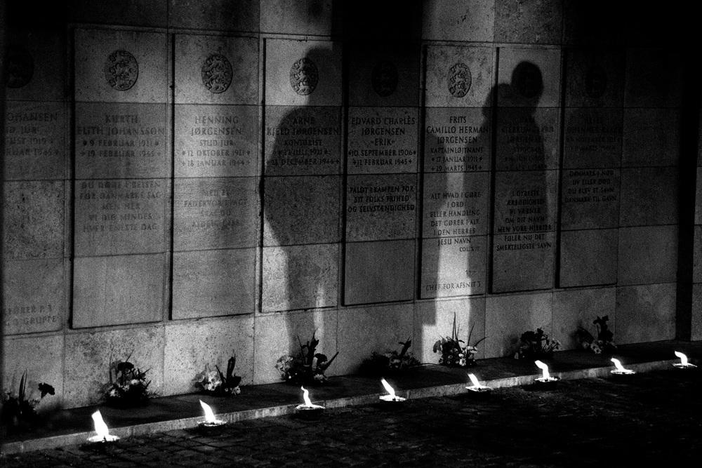 Resistance Memorial Shadows