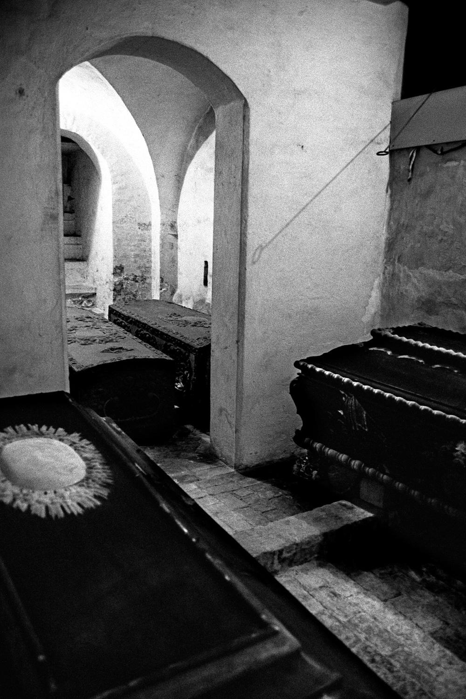05-Crypt-Trinity-Church-Copen.jpg