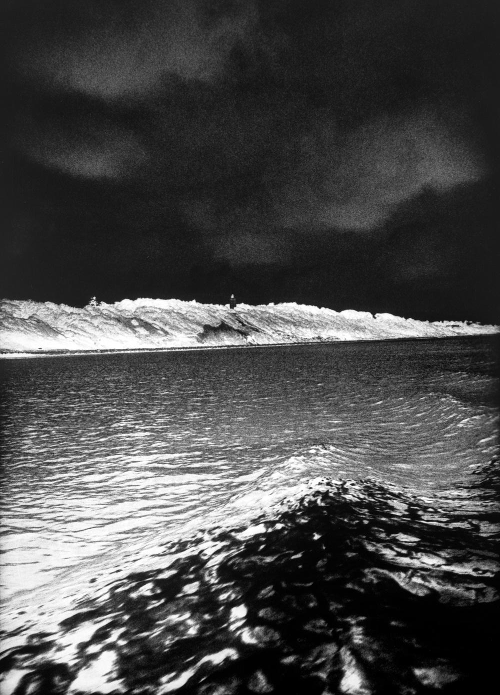 26-Dark-Wave-Nakkehoved-Lighthouse.jpg