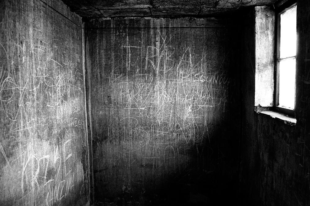 05-Cell-Auschwitz-Poland.jpg