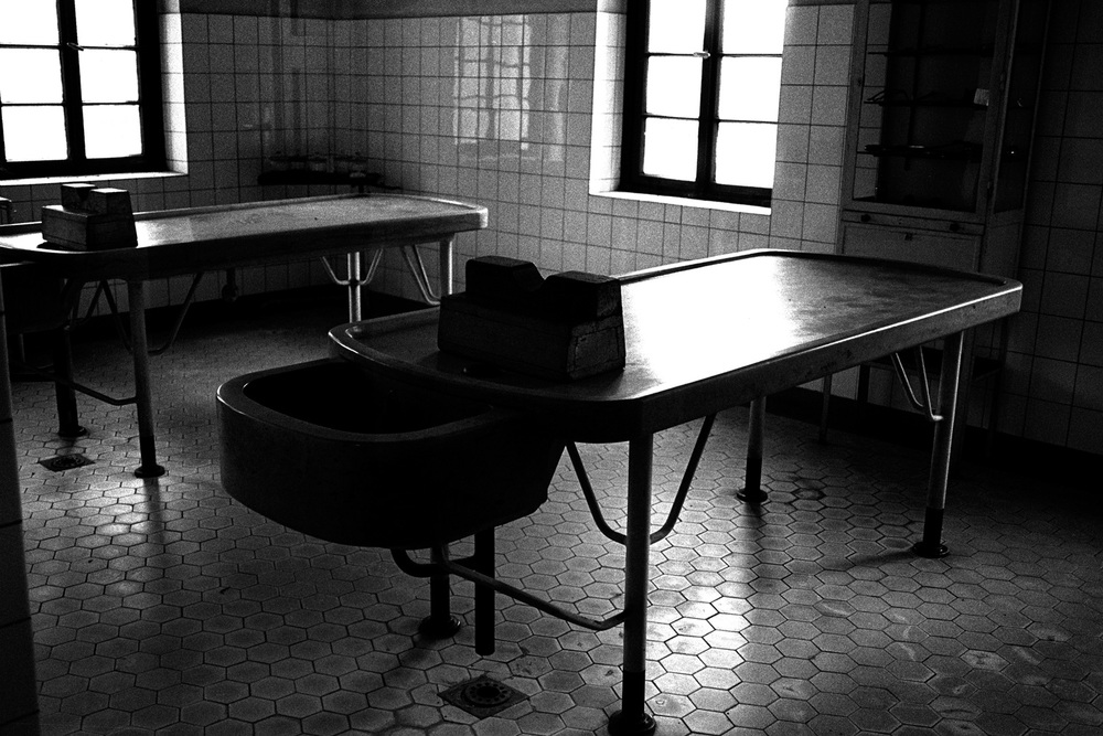 15-Dissection-Tables-Theresienstadt-Czech.jpg
