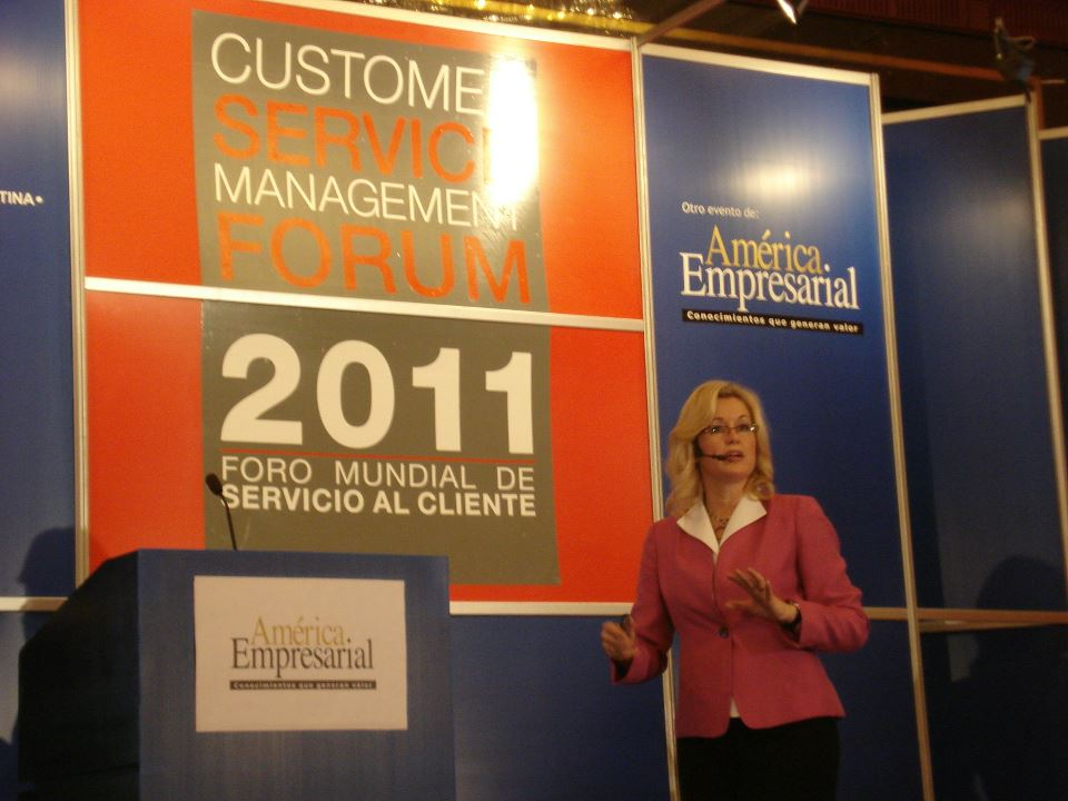 Customer Service Mangament Forum - Bogata, Columbia 2011