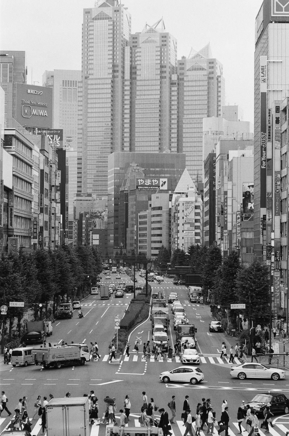 ASHarris - Nikon F3HP - Ilford HP5 Plus - Japan - 6 copy.JPG