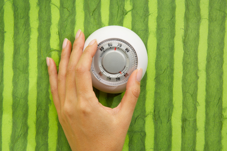 Helpful Tips to Improve Energy Efficiency this Winter from Castle Doctor in Plano, Texas!