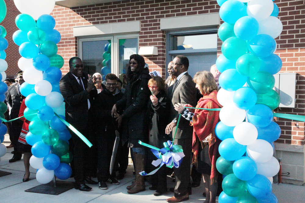 RibbonCutting_BlumbergPhaseI.jpg