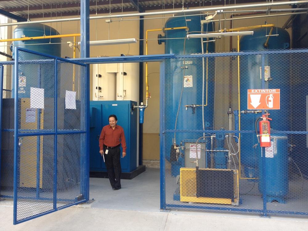 Nitrogen Gas Generator for Laser Cutting. Turn key outdoor installation Mexico.