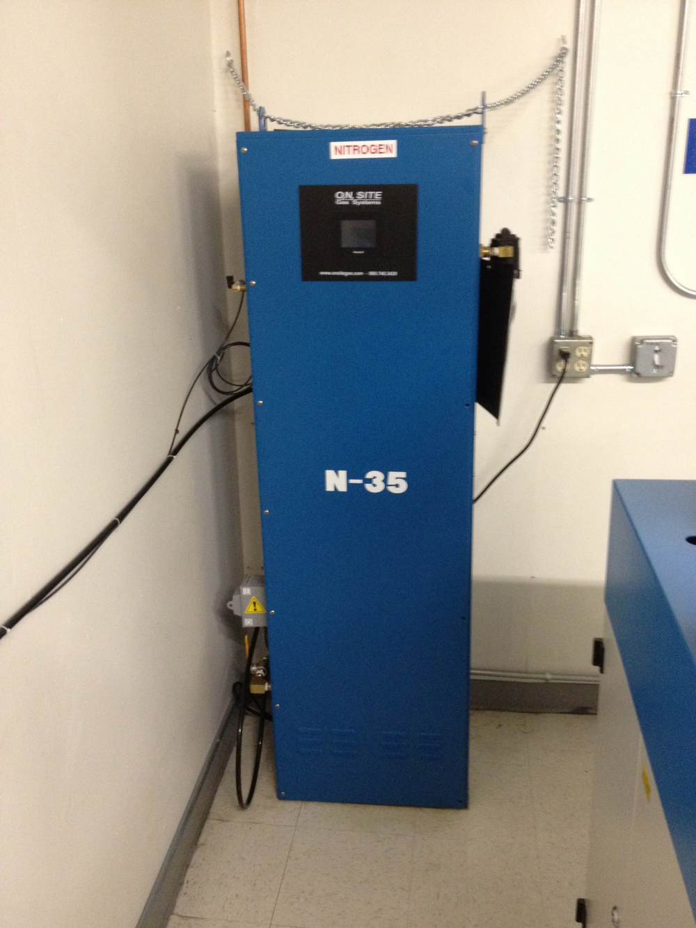 Small Nitrogen Gas Generator for Selective Solder