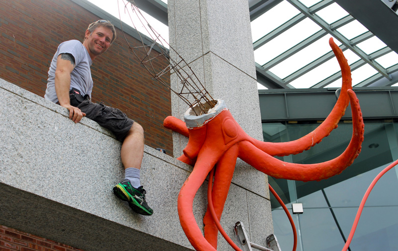 The Giant Squid -