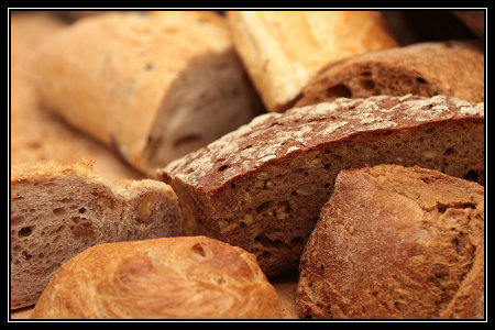 Whole grain bread contains complex carbohydrates.