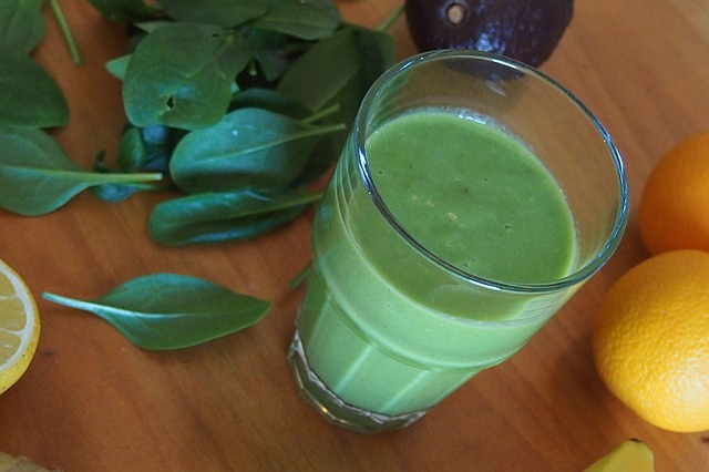 green-smoothie-681145_640 (1).jpg