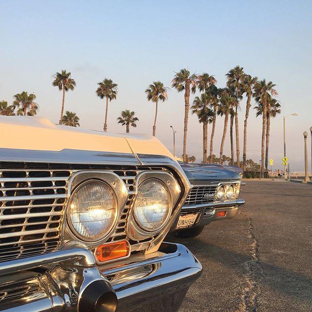 Summertime Vibes in LA!  #lowriders #vintagecar  #summertime #nofilter #beach #venice #cali #sunsets