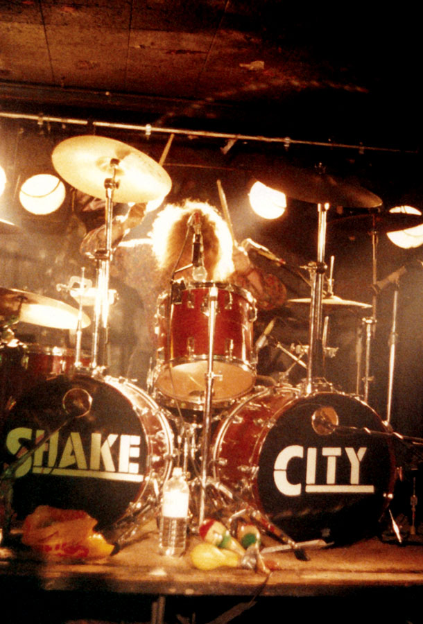 Shake City - Live 8.jpg