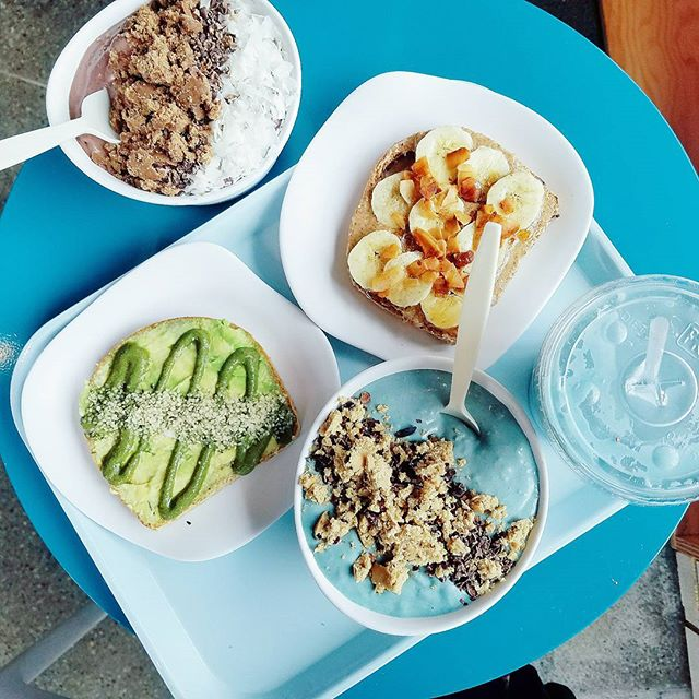 So instaworthy. @trismcbus  #vsco #vscocam #vscofood #travel #healthytravel #vacation #iamwellandgood #thatsdarling #peace #mindfulness #namaste #balance #gratitude #vegan #happyplace #howiholiday #spiritjunkie #columbus #gatheringslikethese #bbg #cntraveler #glutenfree #ohio #treatyoself #foodie #foodies