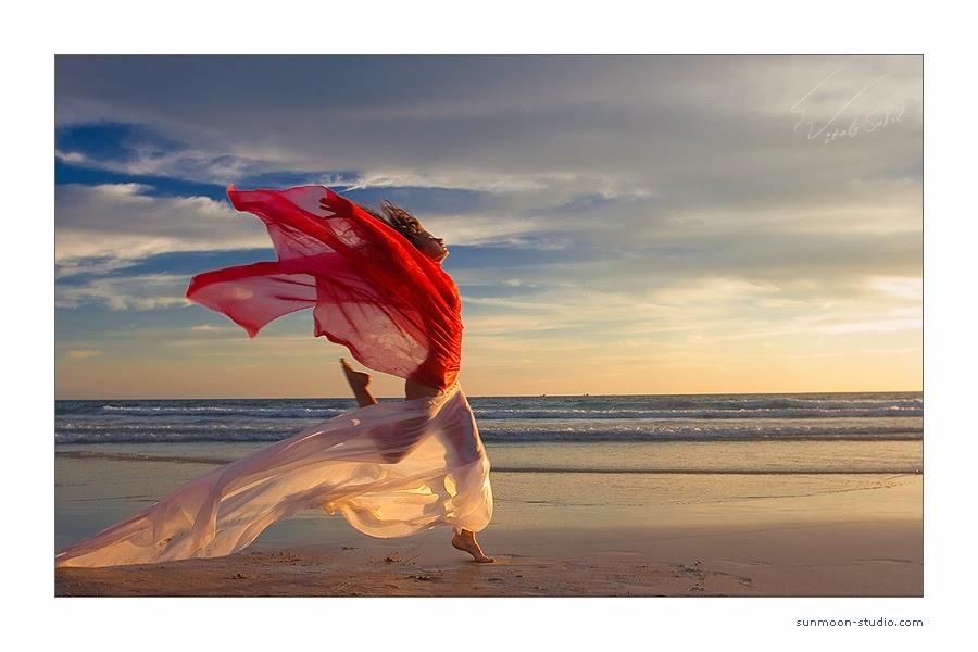 Beach+and+fabric.jpg