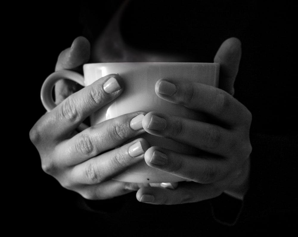 mug-in-hands