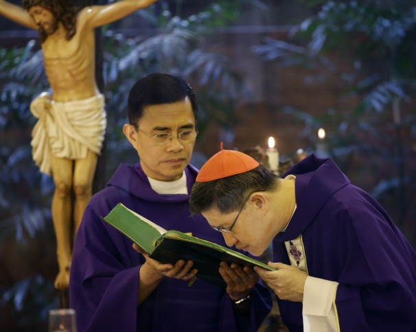 Philippines_Pope_0437e1360774573.jpg