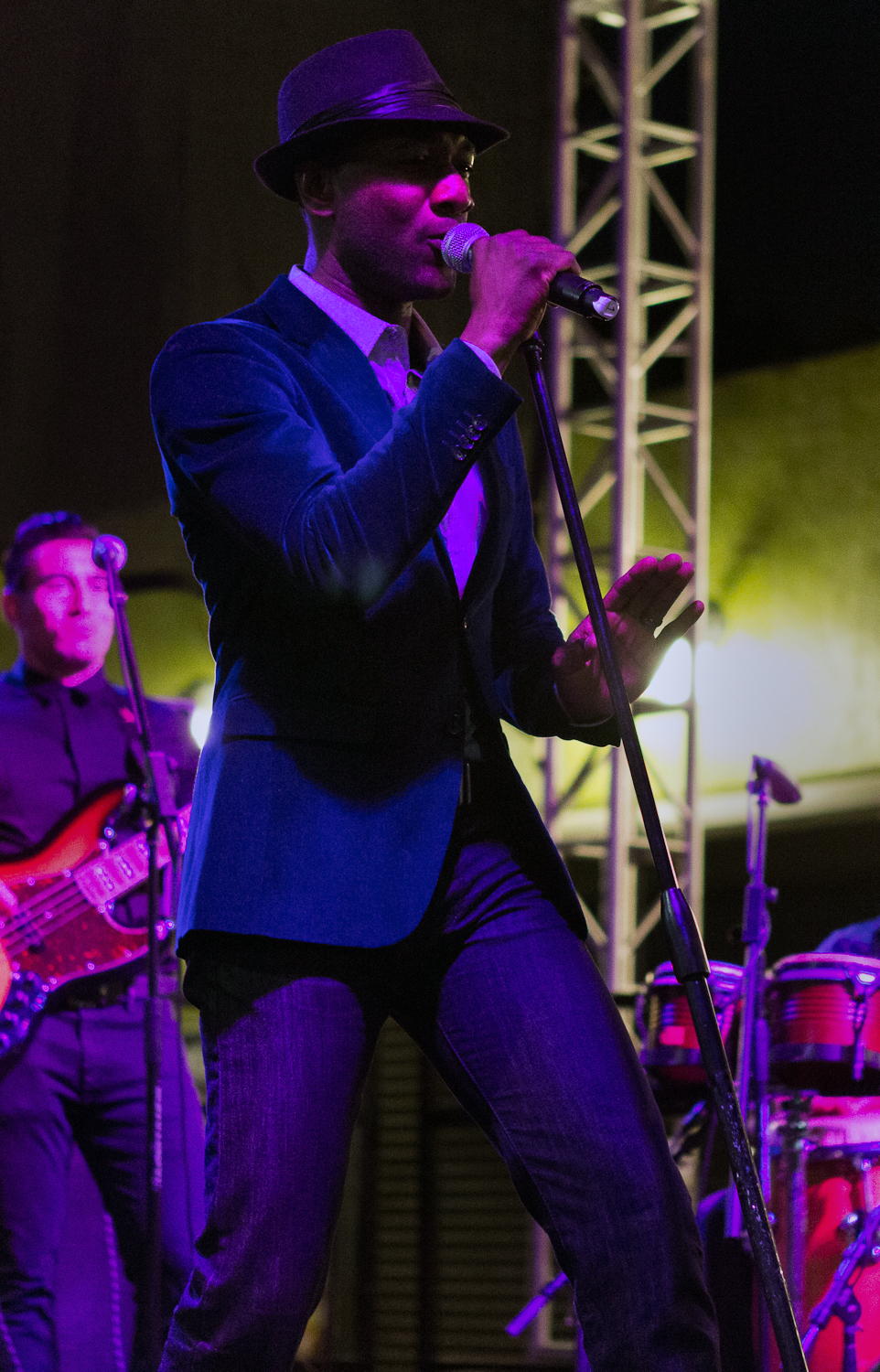 Aloe Blacc @ Silver Lake Jubilee 2012