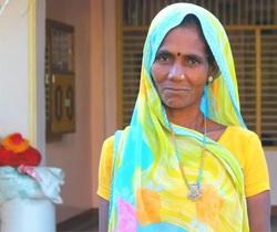 Daksha's mom, Manjulaben