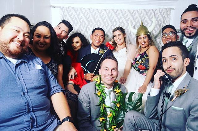Congratulations to Nick and Cassy! Thanks for letting me be apart of such a special moment in your lives! It was great seeing and catching up with everyone!! Love you guys! 😁 #felizardowedding #cassyantey #friends #goodtimes #wedding