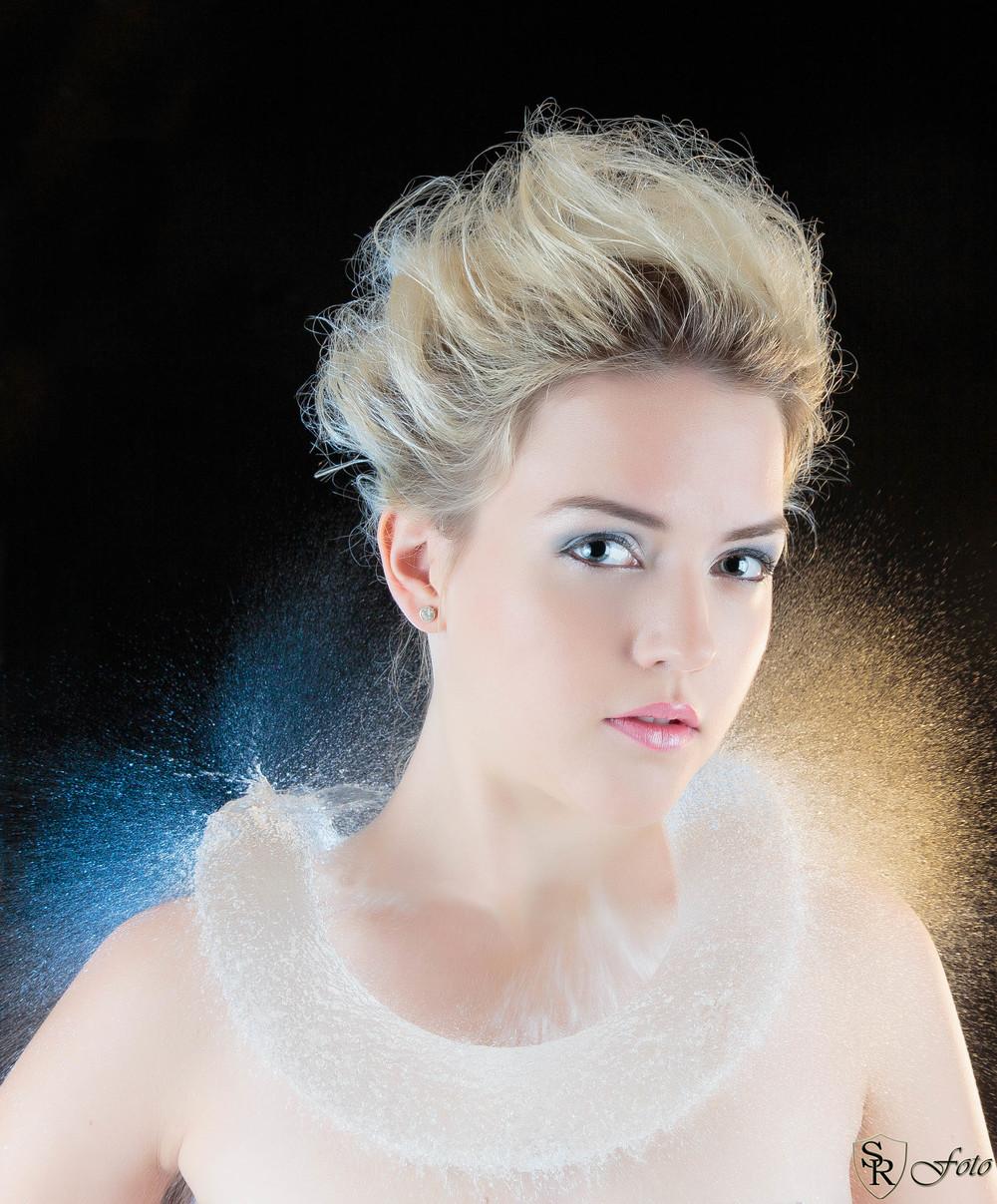 Modell: Gina Elena Kristiansen