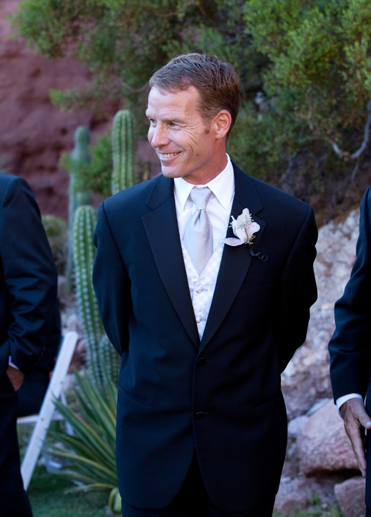 WeddingPhotographer_Scottsdale20.jpg