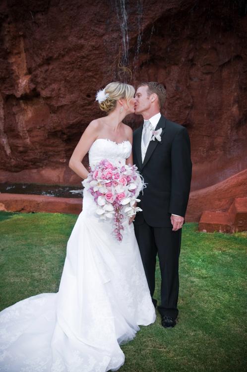 WeddingPhotographer_Scottsdale29.jpg