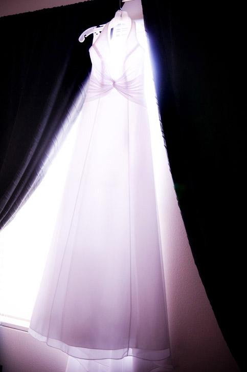 WeddingPhotography_Beach03.jpg