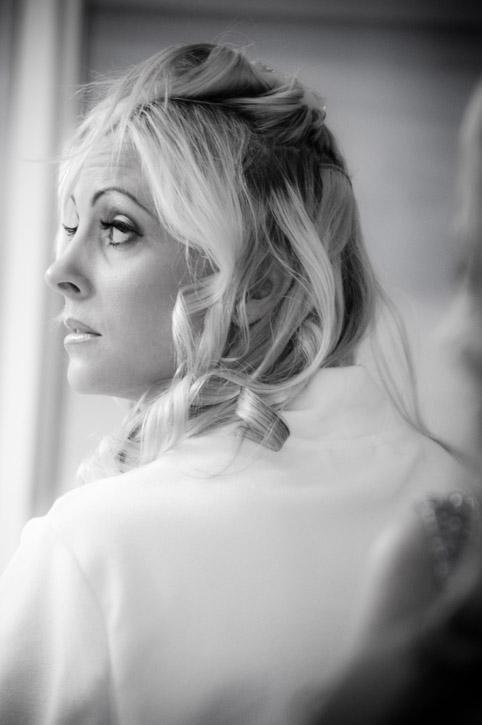 WeddingPhotography_Beach04.jpg