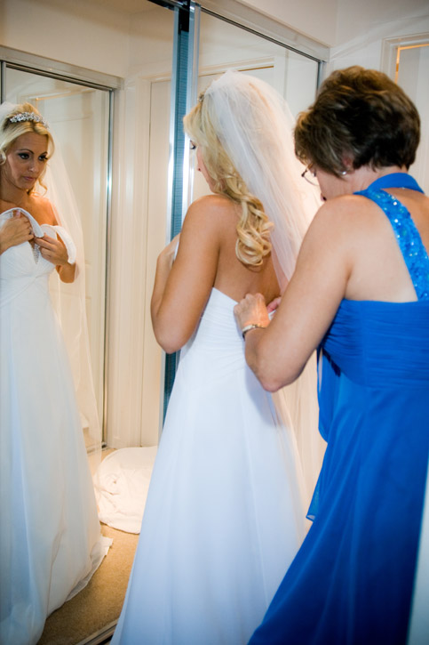 WeddingPhotography_Beach06.jpg