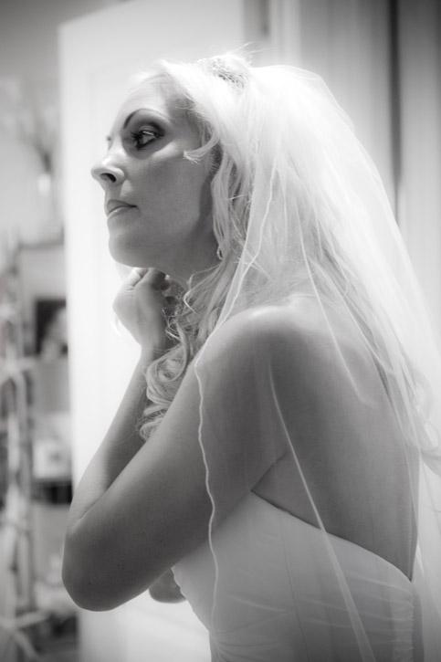 WeddingPhotography_Beach08.jpg