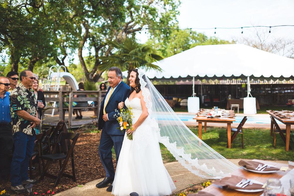 Sonoma_Backyard_Wedding-Chuck_Caroline-029.jpg