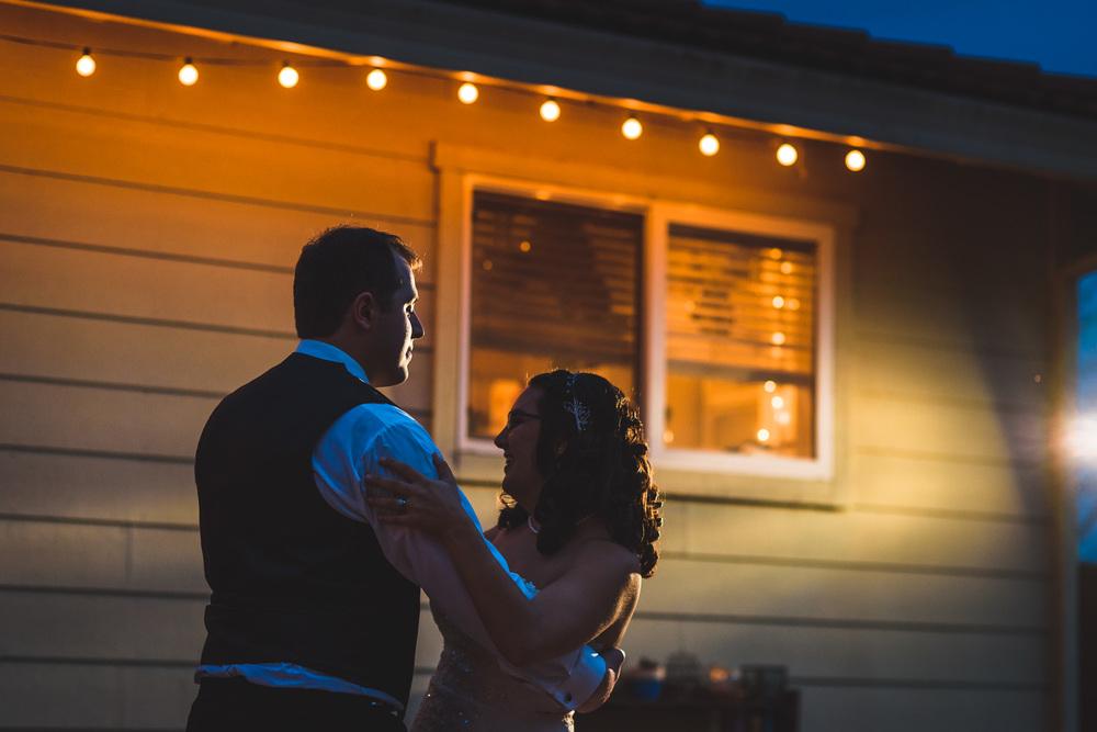 Sonoma_Backyard_Wedding-Chuck_Caroline-058.jpg