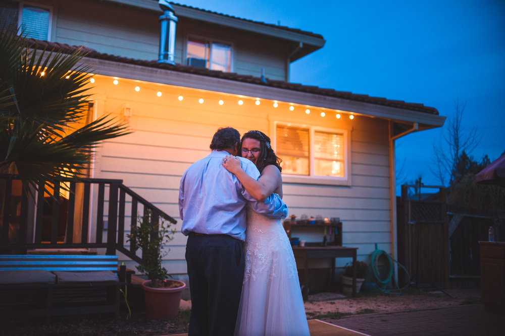Sonoma_Backyard_Wedding-Chuck_Caroline-060.jpg