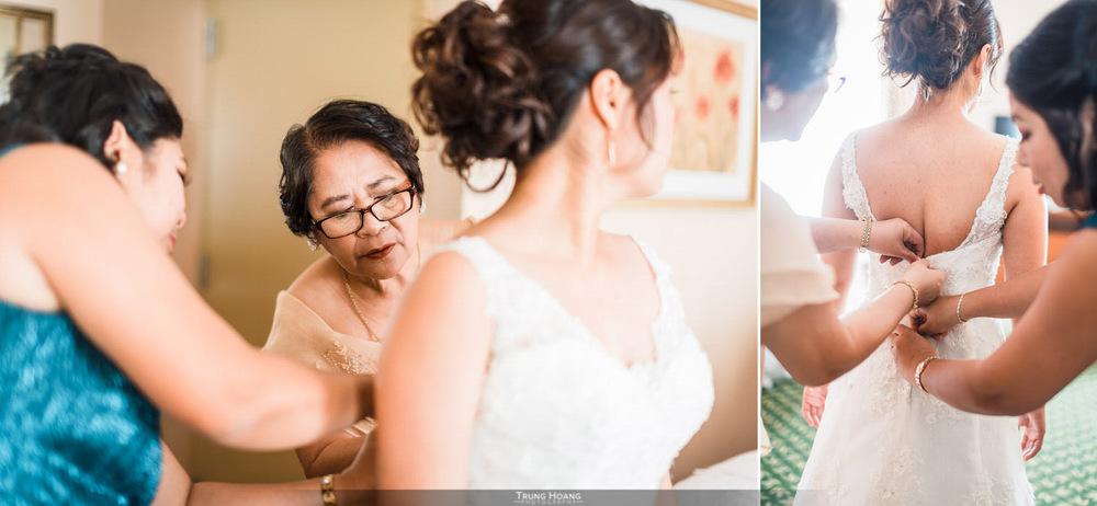 06-mom-helping-bride-get-ready.jpg