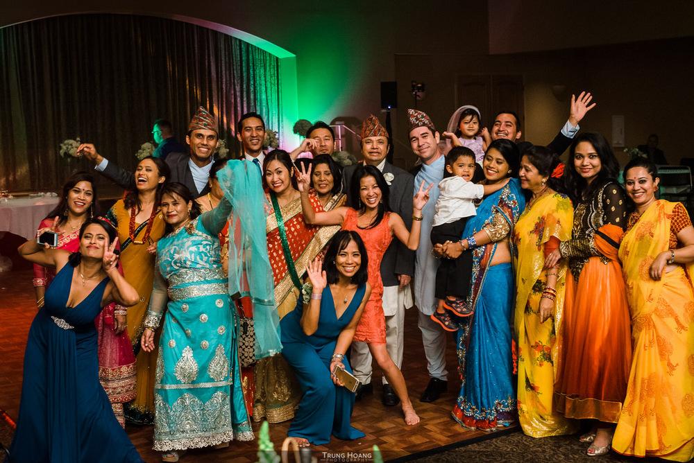 72-fun-wedding-guests-photo.jpg