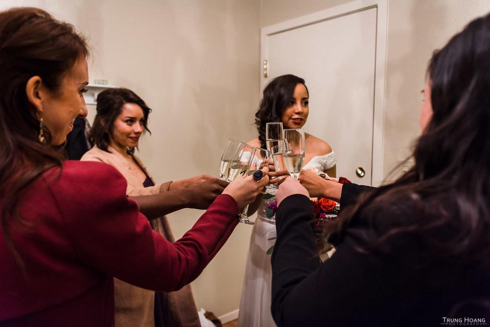 07_Bride_Getting_Ready.jpg