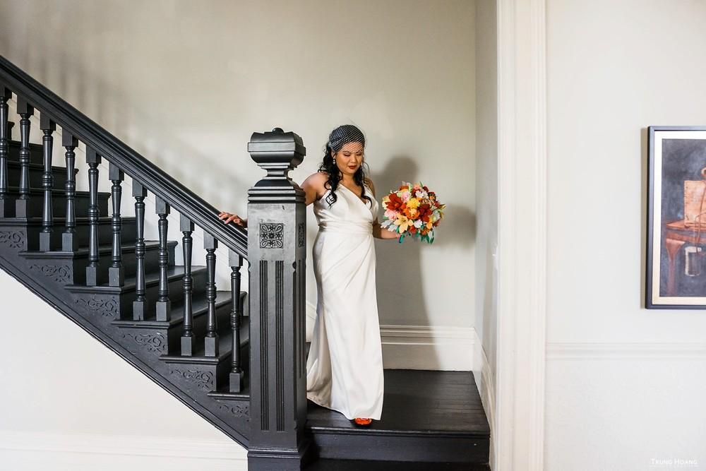 First look Ellen Kenna House Oakland Wedding