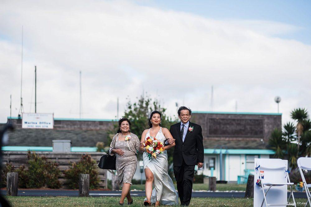 Wedding processional photo Emeryville Wedding Photographer