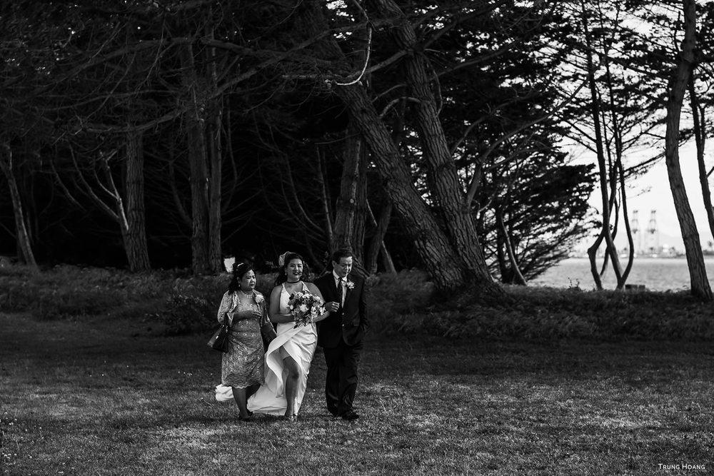 Bride with parents wedding photo Oakland, CA