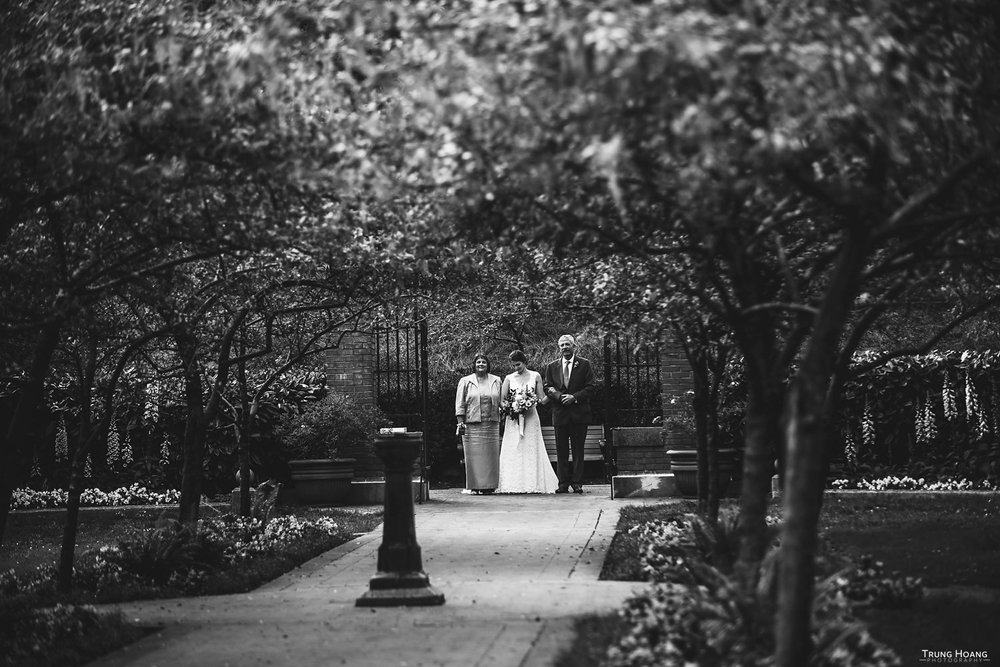 Shakespeare Garden Wedding Ceremony