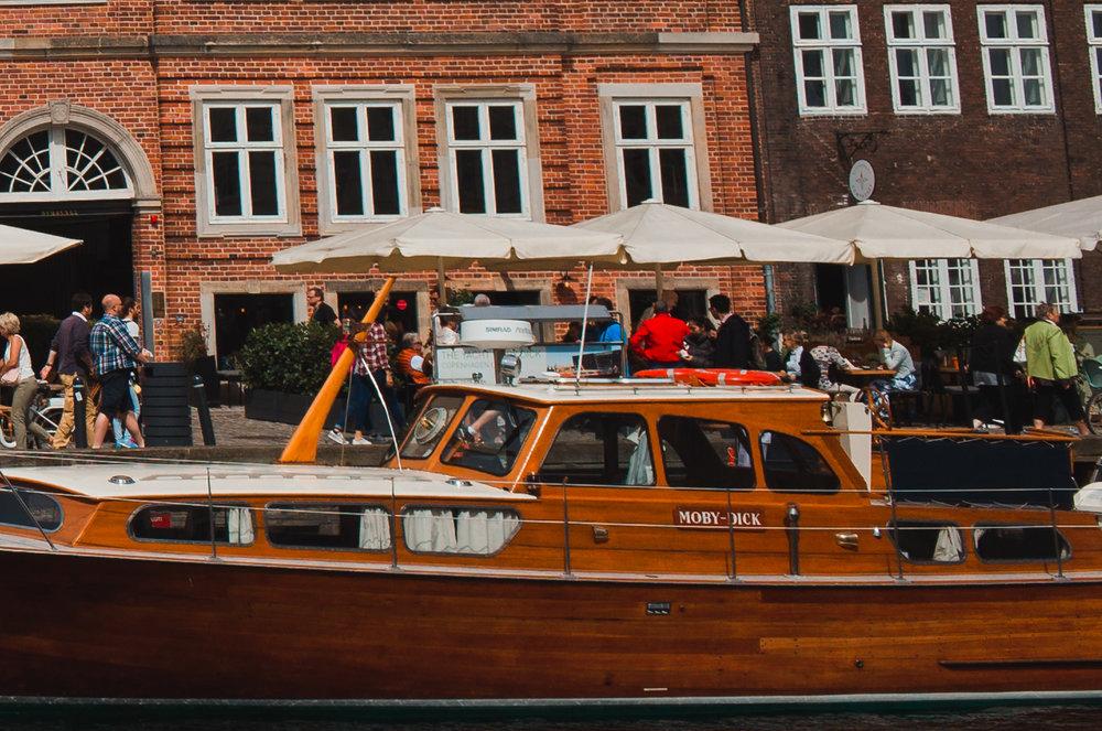 Nyhavn, Copenhagen, Denmark. 100% Crop Corner