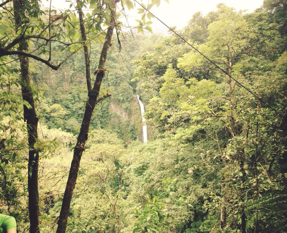 La Fortuna Waterfall 3.jpg