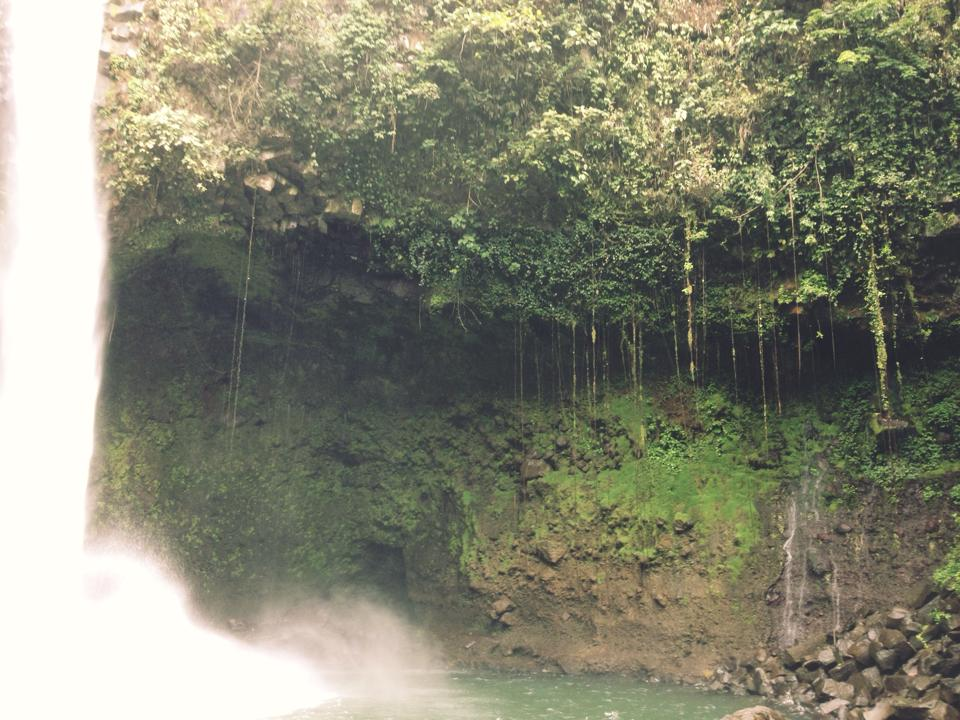 La Fortuna Waterfall 5.jpg