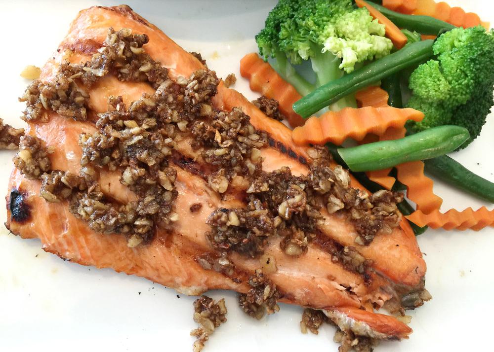 salmongarlic.jpg