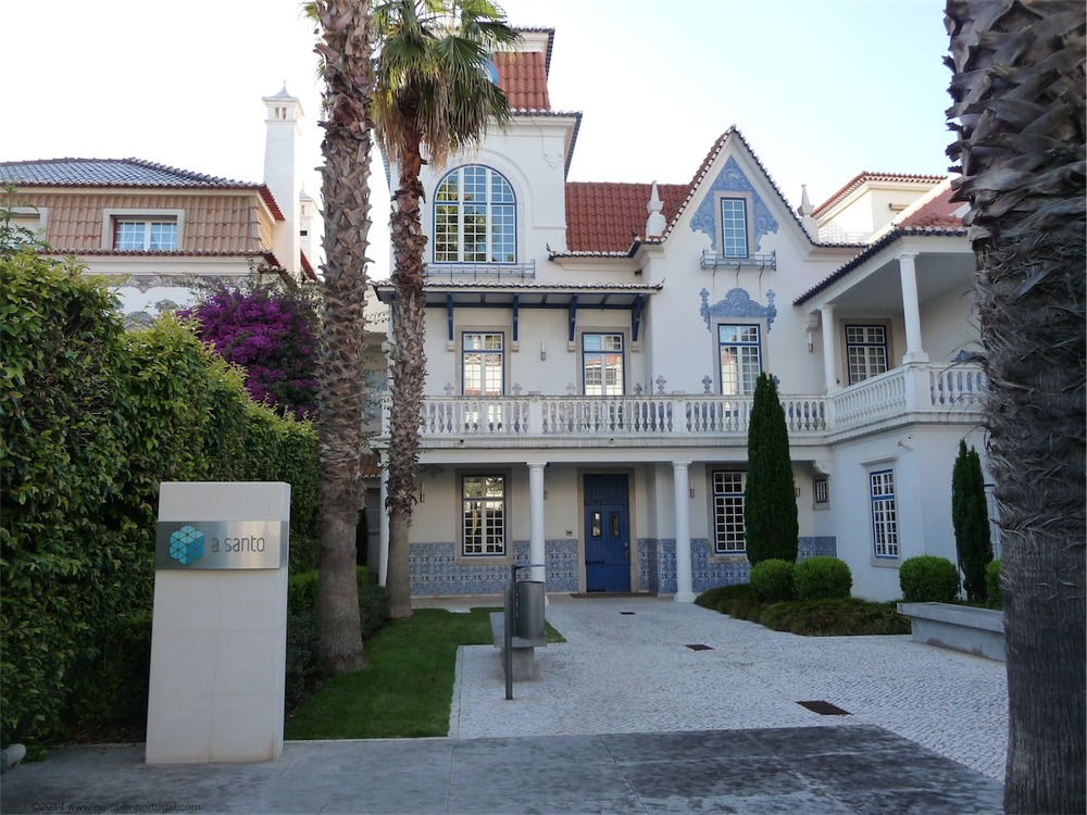 Houses on Valbom Avenue, Cascais