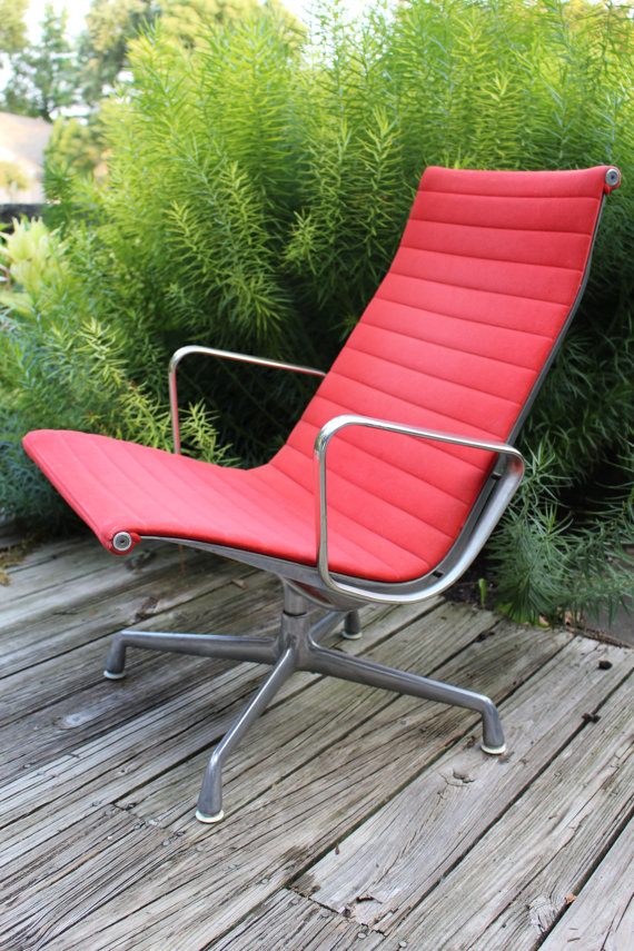 Herman Miller Charles Eames Aluminum Group Lounge Chair
