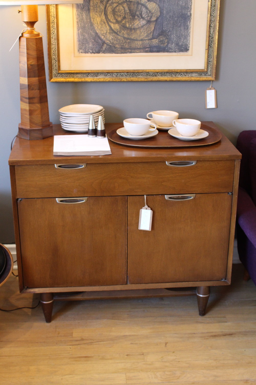 Broyhill Premier Bar Cabinet With Drawer